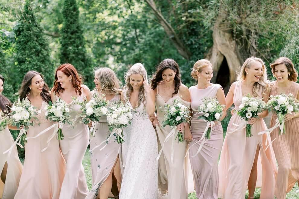 Wedding at Madsen's Banquet Hall, Newmarket, Ontario, Elizabeth In Love, 9