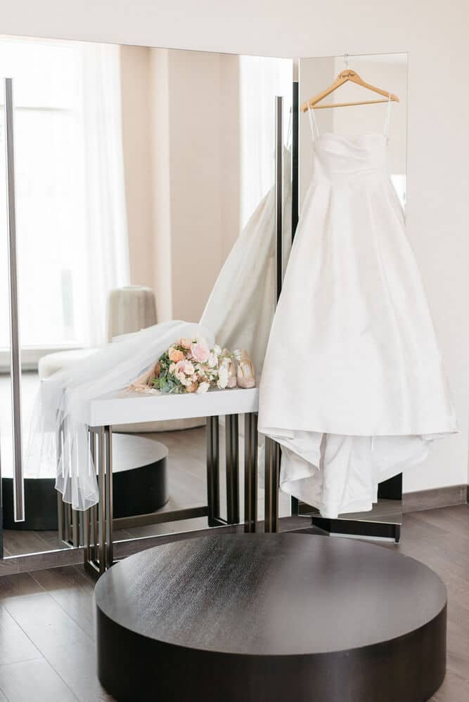 Wedding at Hotel X Toronto, Toronto, Ontario, Olive Photography, 2