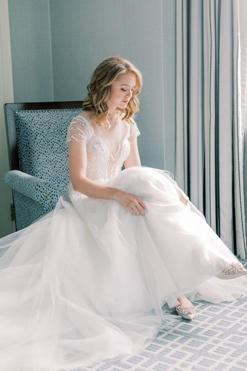 Wedding at The Globe and Mail Centre, Toronto, Ontario, Elizabeth In Love, 8