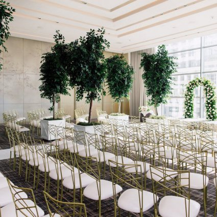Four Seasons Hotel Toronto featured in Jacqueline and Kenneth's Fairy-tale Wedding at the Four Seasons