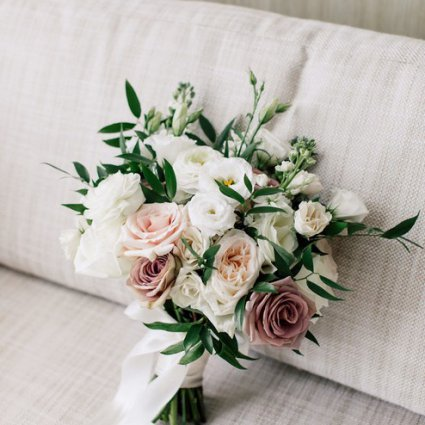 DeLight Floral + Design featured in Jacqueline and Kenneth's Fairy-tale Wedding at the Four Seasons