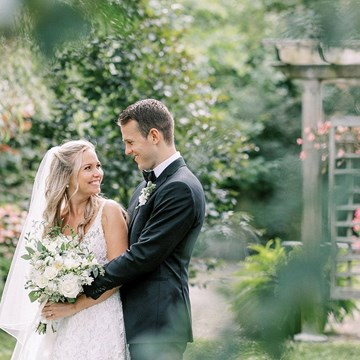 Olivia and Colin's Breathtaking Wedding at the Picturesque Madsen's Banquet Hall