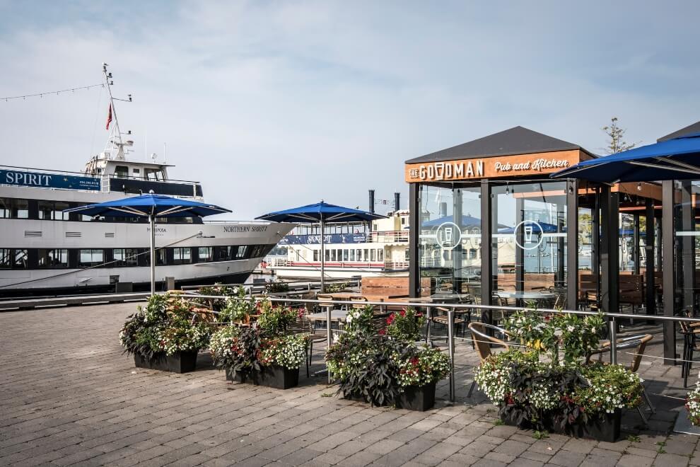 restaurants with stunning patios