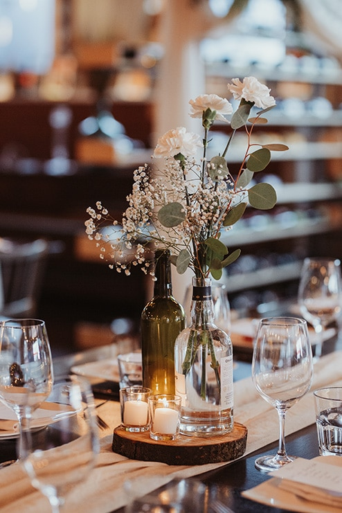 Wedding at Ovest, Toronto, Ontario, Lizzie O' Donnell, 25