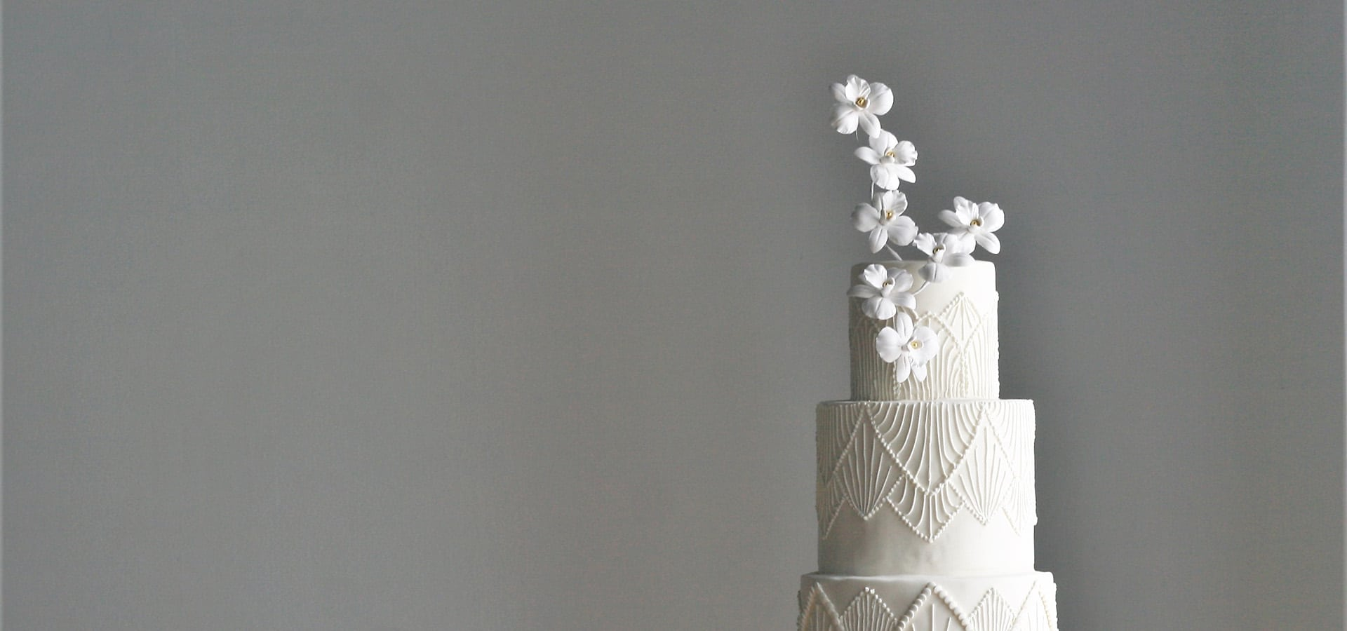 Hero image for Nine Questions to Ask Your Cake Vendor