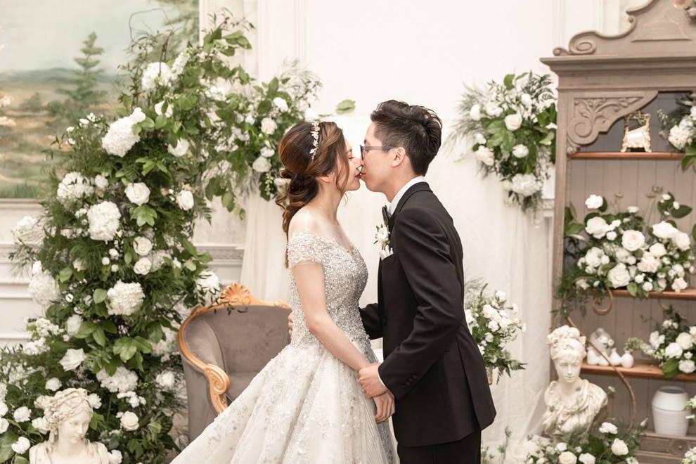 Wedding at Graydon Hall Manor, Toronto, Ontario, AGI Studio, 28