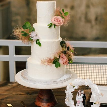 Cakelaine featured in Jenna and Rob's Chic Wedding at the Fermenting Cellar