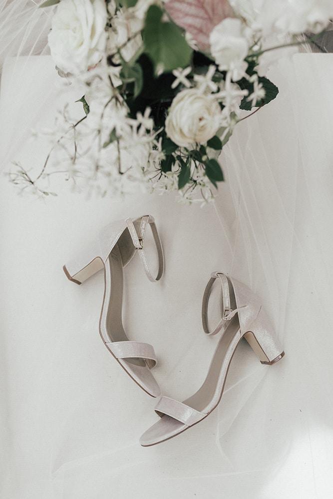Wedding at Spencer's at the Waterfront, Burlington, Ontario, Avanew Studios, 1