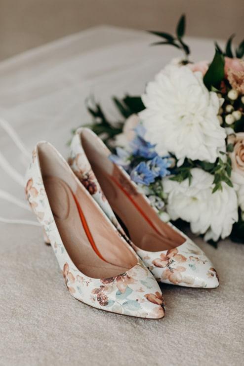 Wedding at Four Seasons Hotel Toronto, Toronto, Ontario, Lindsie Grey, 3