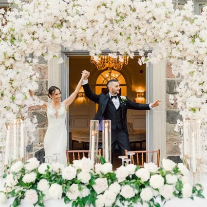 The Social Rose featured in 8 Floral Trends You Need to Know About for Intimate Weddings …
