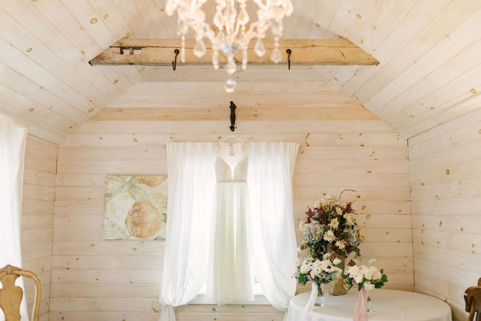 Wedding at Stonewall Estates, Niagara-on-the-Lake, Ontario, Lindsie Grey, 4