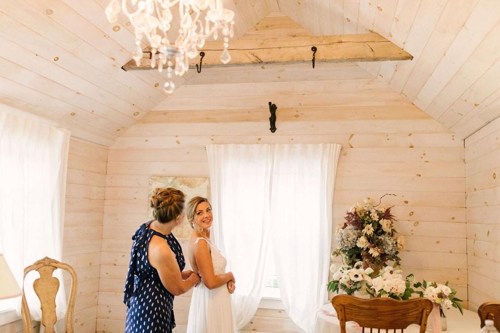 Wedding at Stonewall Estates, Niagara-on-the-Lake, Ontario, Lindsie Grey, 6