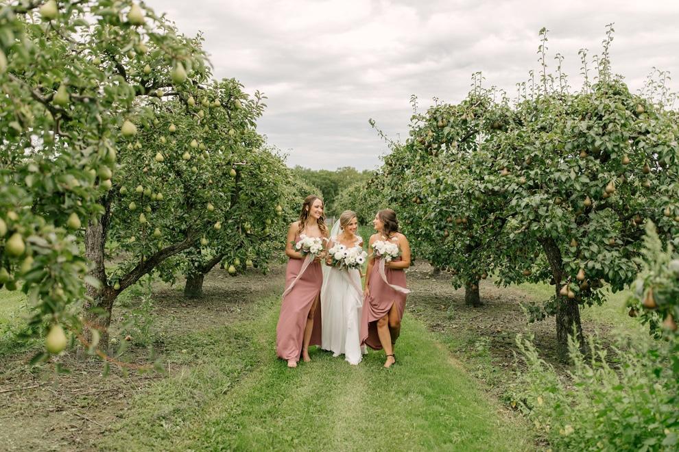 Wedding at Stonewall Estates, Niagara-on-the-Lake, Ontario, Lindsie Grey, 7