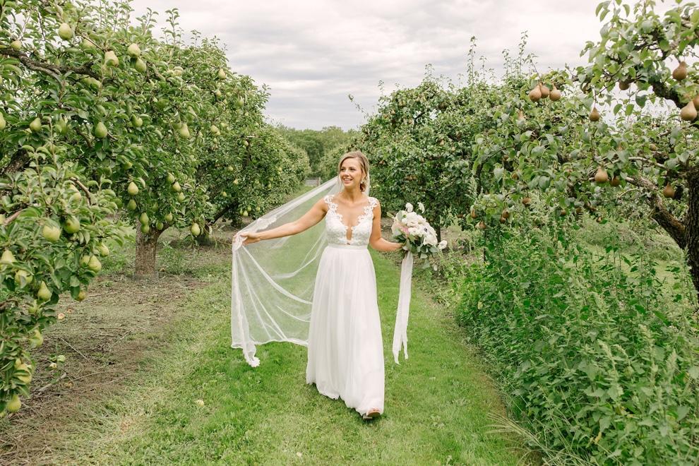 Wedding at Stonewall Estates, Niagara-on-the-Lake, Ontario, Lindsie Grey, 8