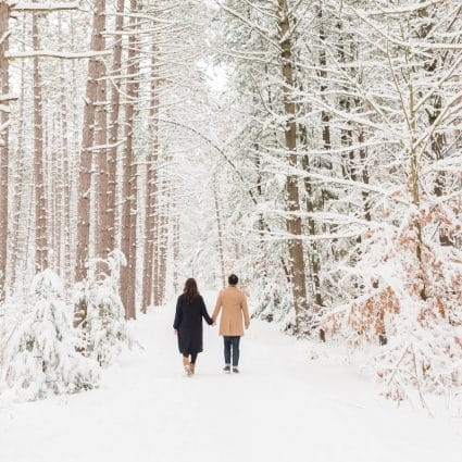 Thumbnail for Toronto Wedding Photographers Showcase the Beauty of Winter P…
