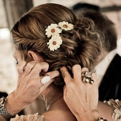 Thumbnail for 6 Foolproof Steps To Picking Your Wedding Hairstyle