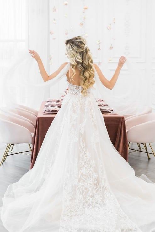 styled shoot blushing spring bride, 13
