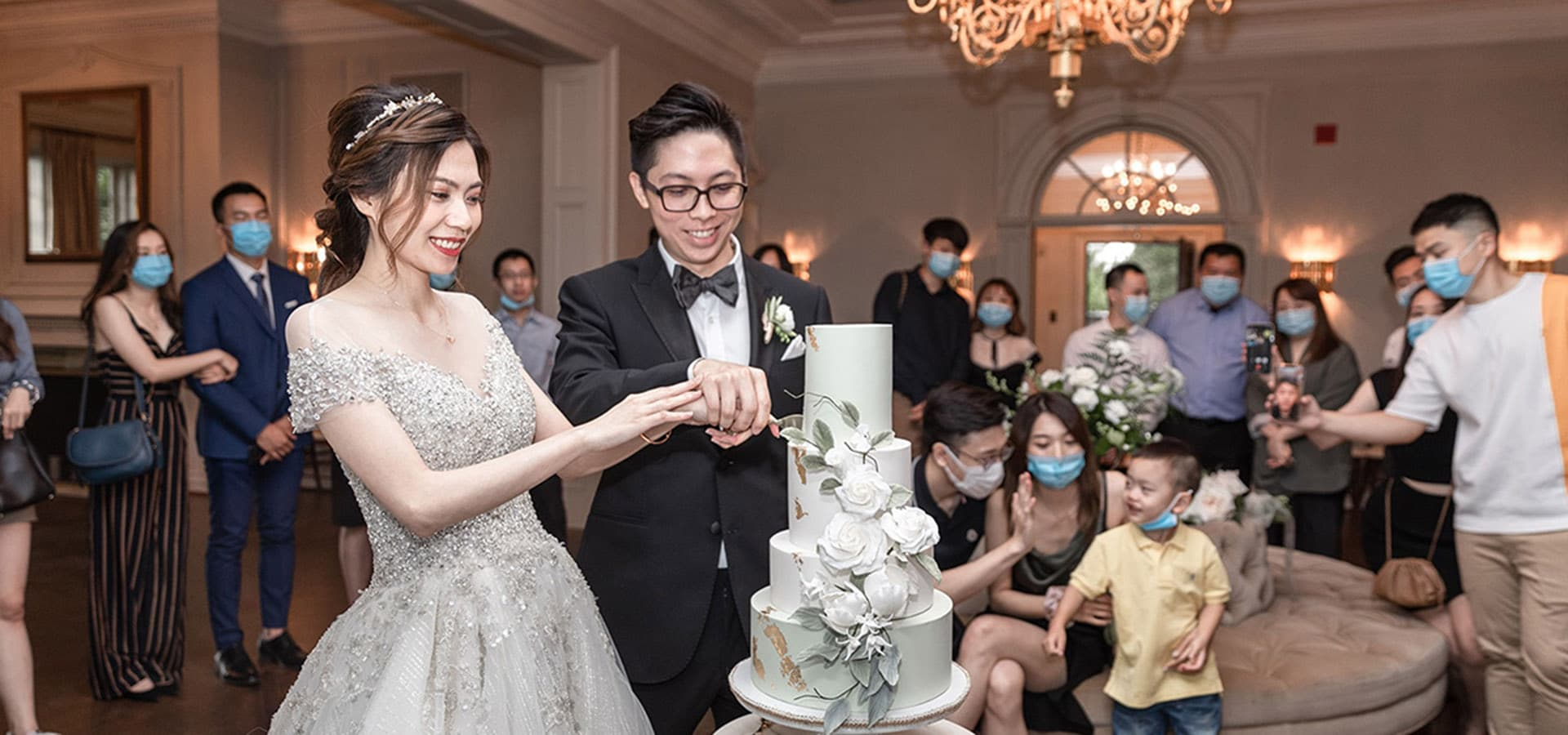 Hero image for 6 Things to Keep in Mind When Choosing Your Wedding Cake