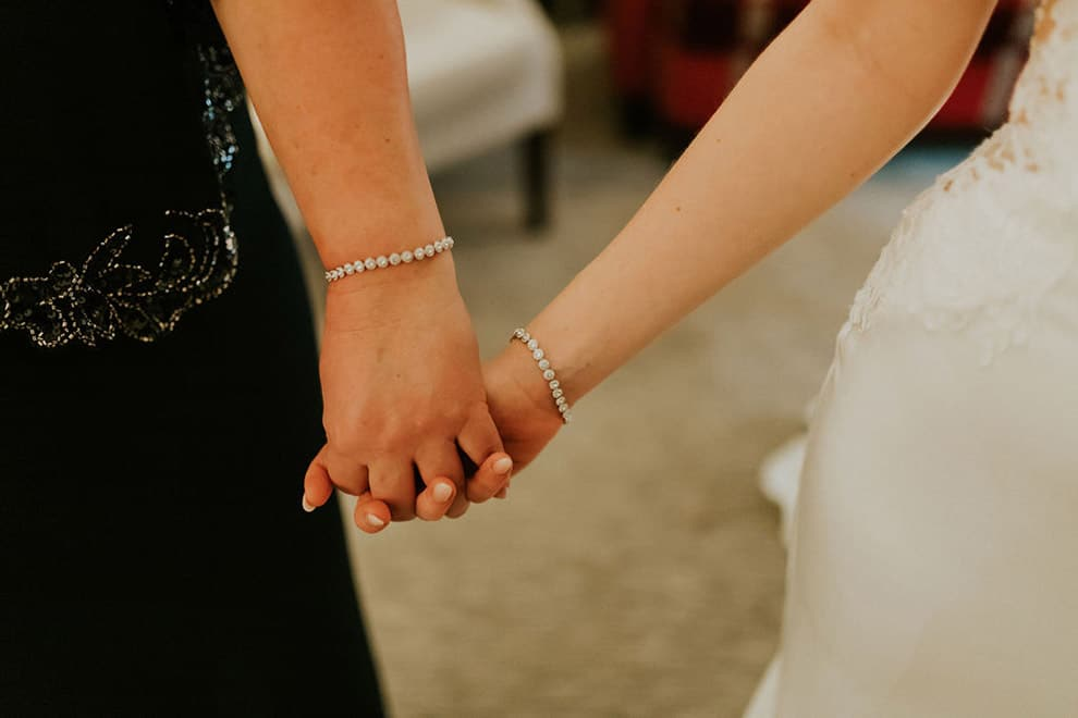 6 ways to include your mom in your wedding, 2