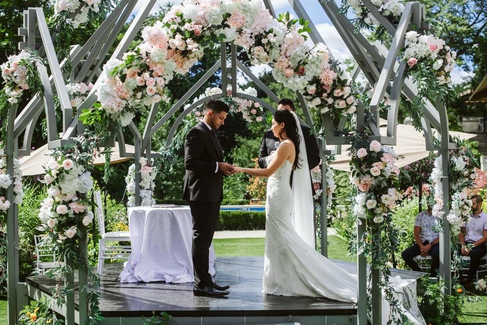 Wedding at The Guild Inn Estate, Toronto, Ontario, 15