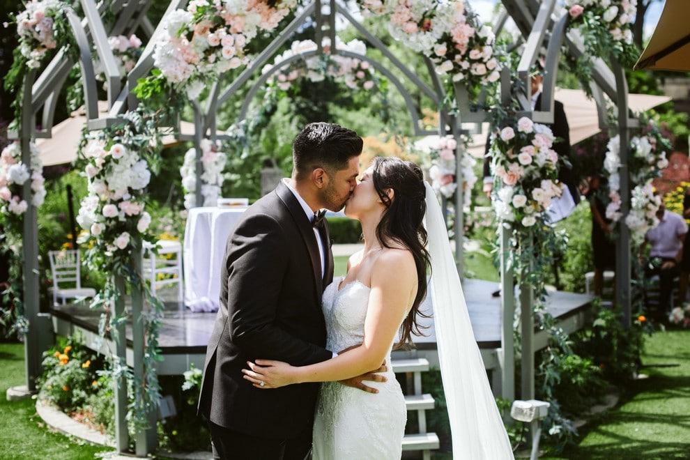Wedding at The Guild Inn Estate, Toronto, Ontario, 16
