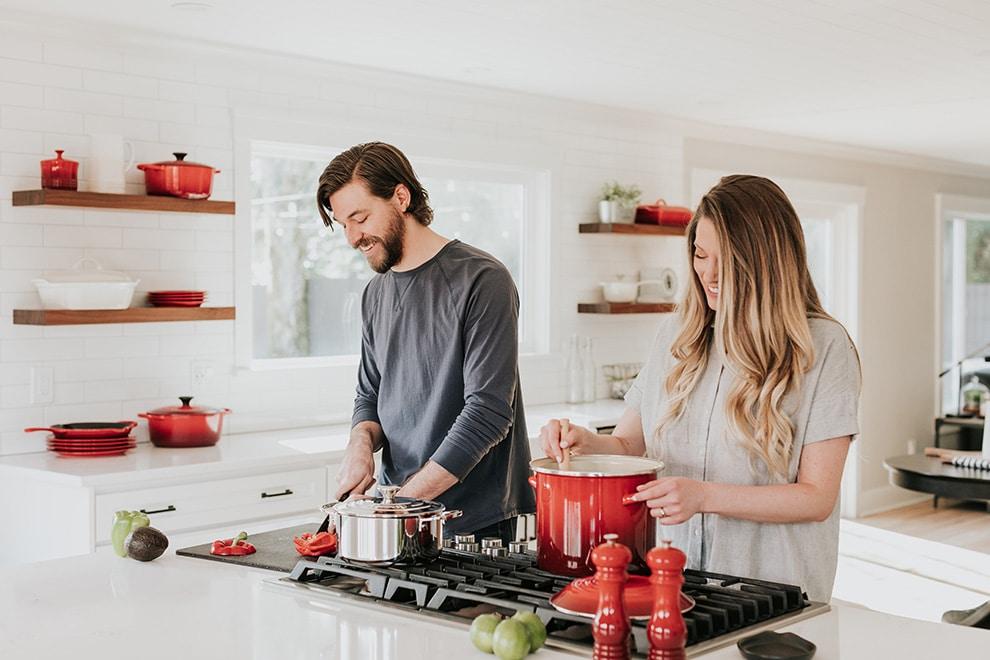 10 mini honeymoon ideas that dont involve travelling, 7