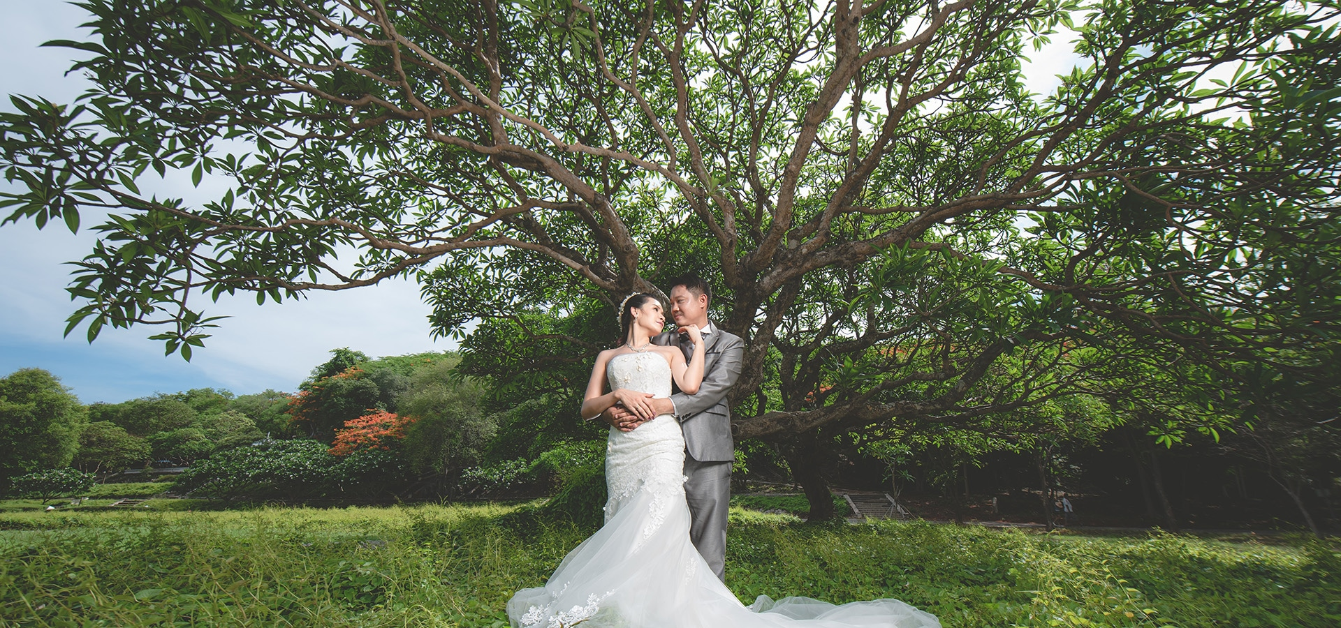 Hero image for 10 Wedding Photo Poses That You'll Need For Your Upcoming Wedding!