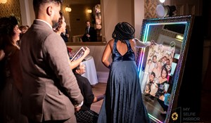 My Selfie Mirror Photo Booth